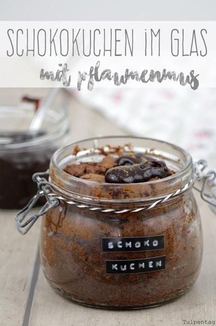 schokoladenkuchen schokolade kuchen im glas pflaumenmus Schokokuchen