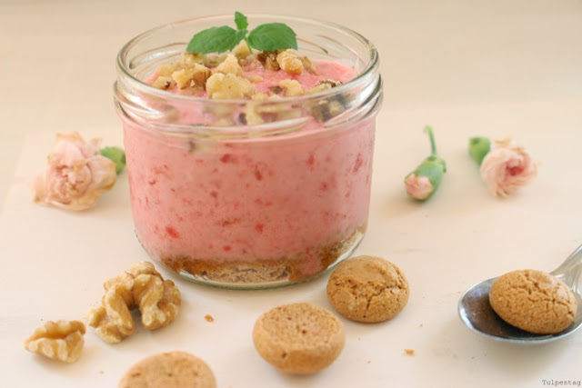 frozen joghurt dessert sommer amarettini