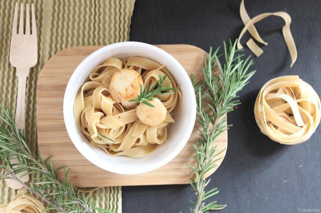 pasta nudeln jakobsmuscheln rosmarin schnell butter rezept