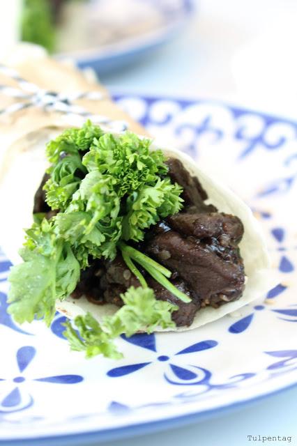 Orientalische Burritos Rindfleisch Sesam Honig Pflaumen Mini