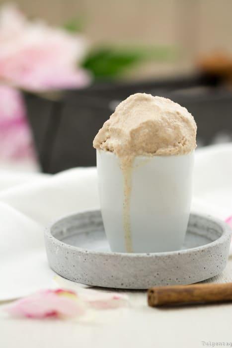 Zimteis Eis Zimt ohne Eismaschine Joghurt Rezept Zimt-Eis