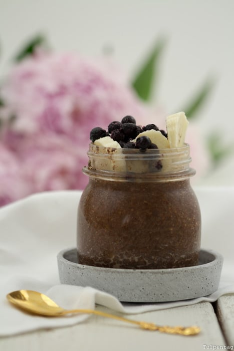 Chiapudding mit Schokolade über Nacht Overnight
