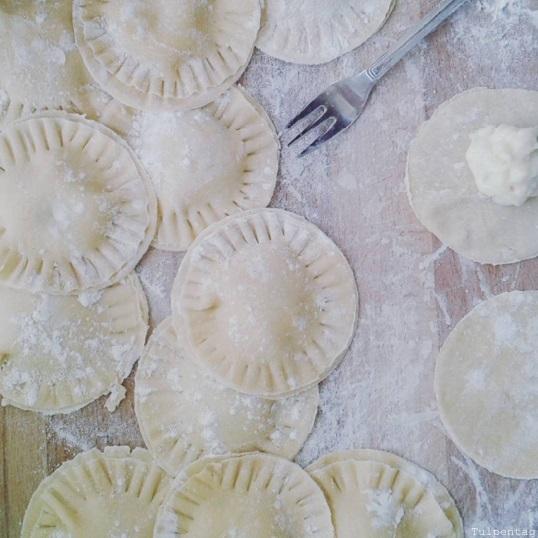 Ziegenkäse Ravioli Salbeibutter selber machen Rezept