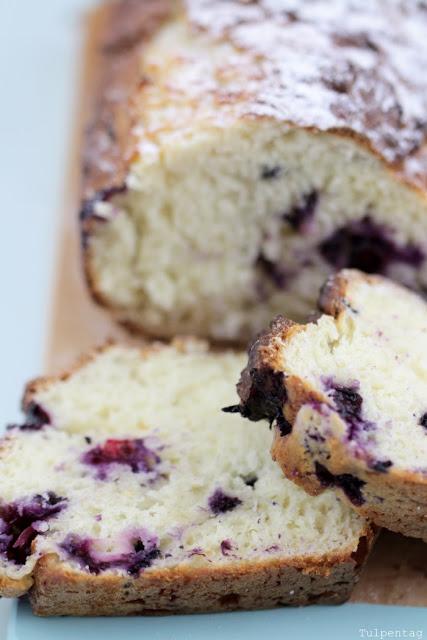 kuchen schnell einfach quarkkuchen Heidelbeeren Beeren Backpulver Rezept