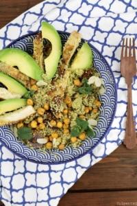 Quinoasalat-mit-Kichererbsen-Huehnchen-und-Feigen5