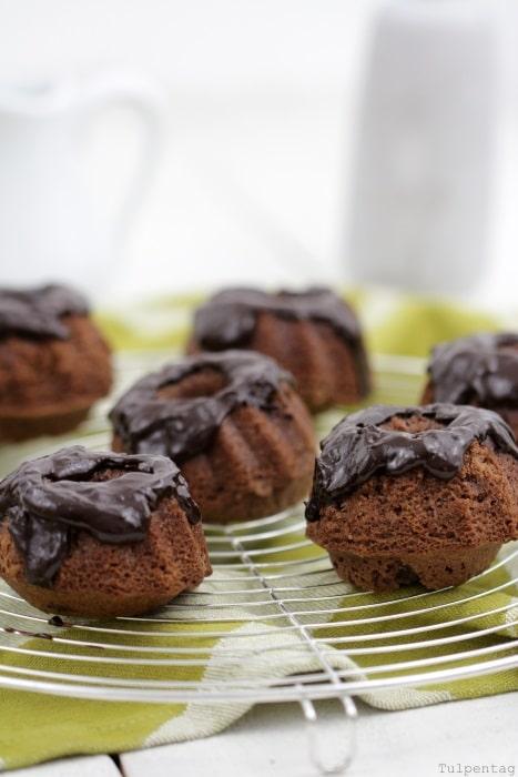 schoko mini-gugl Guglhupf Schokolade Rezept Mini Gugel