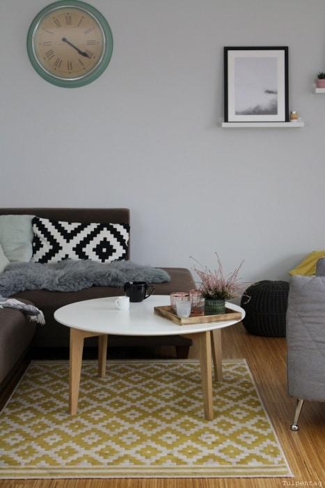 Gemütlichkeit ins Wohnzimmer bringen - Tulpentag. Der Blog
