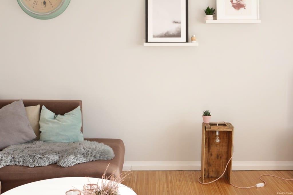 DIY Lampe selber bauen Textilkabel Holzkiste Wohnzimmer Ideen