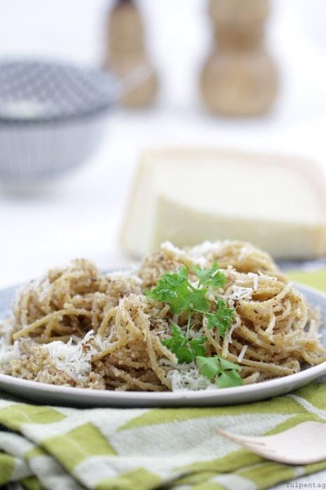 spaghetti-nudeln-mit-nussbutter
