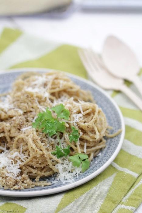 20 Minuten Pasta Spaghetti Mit Nussbutter Tulpentag Der Blog