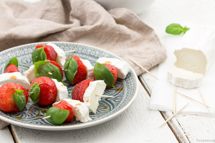 Mazzetti l'orginale Aceto Balsamico di Modena Erdbeeren Spieße Ziegenkäse Rezept vegetarisch