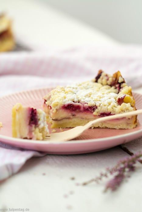 Streuselkuchen Mit Pudding Und Himbeeren Tulpentag Foodblog