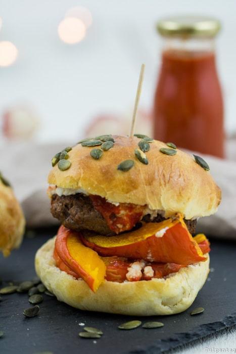Kürbis Burger Herbst Burgerbrötchen Hackfleisch Rezept selber machen