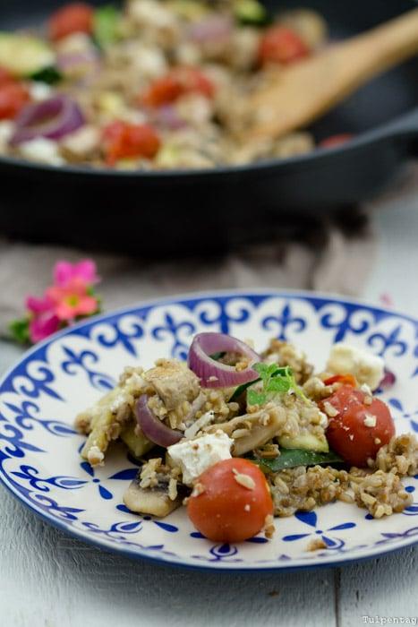 Schnelle Reispfanne vegetarisch Feta Gemüse reis-fit