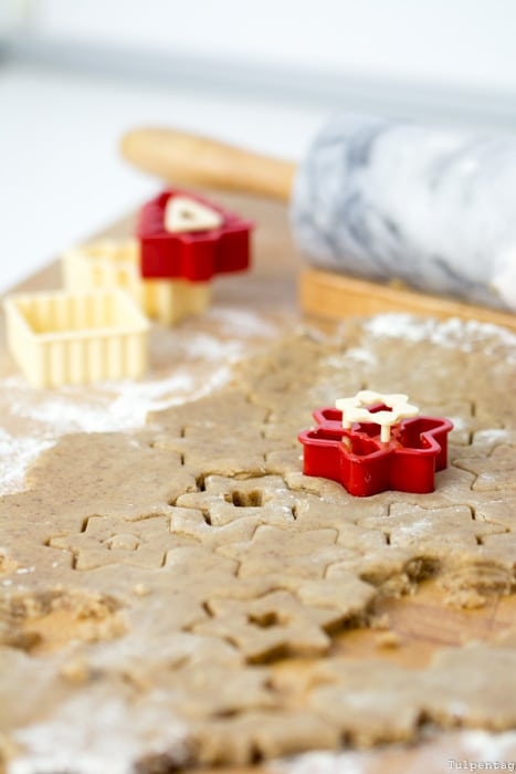 Plätzchen Weihnachten Kekse Rezept Zimt Ausstecher Linzer Spitzbuben