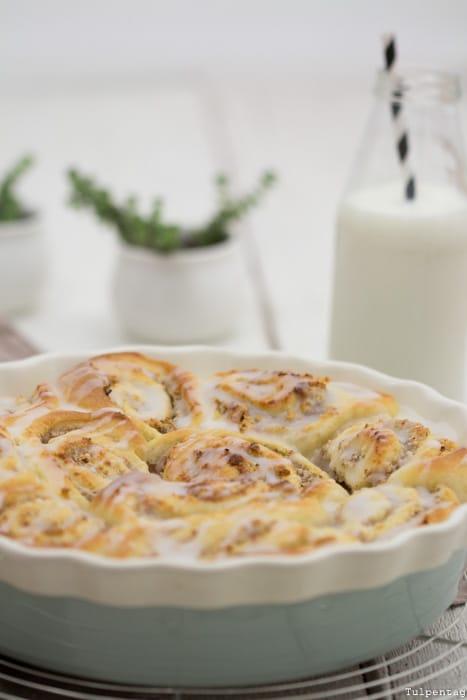 Hefeschnecken backen Rezept Marzipan Mandeln