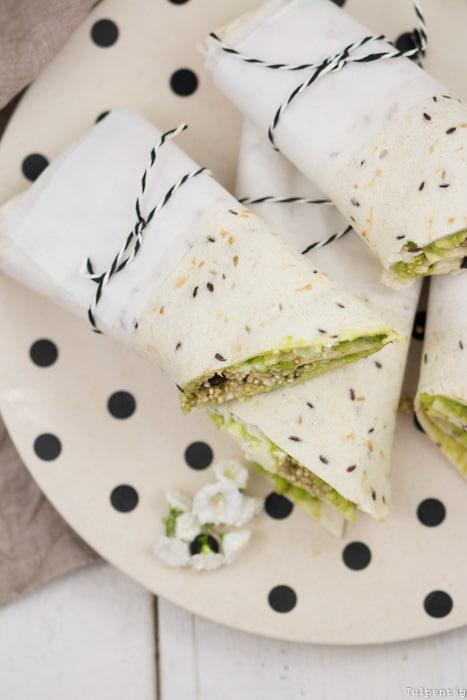 Vegetarische Wraps Tortillas Rezept schnell einfach Avocado Feta Quinoa