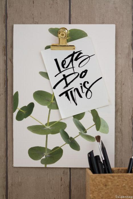 DIY selbstgemachtes Klemmbrett selbermachen Memobrett selbstklebendes Poster