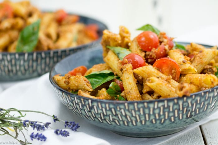 Nudelsalat vegetarisch Grillbeilage Beilage Grillen Pesto italienisch