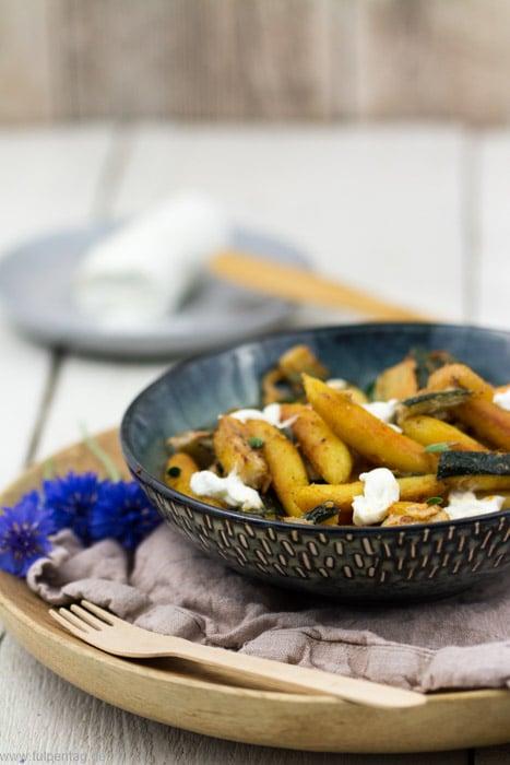 Schupfnudel-Pfanne mit Zucchini und Ziegenfrischkäse #schupfnudeln #schnell #vegetarisch #einfach #zucchini