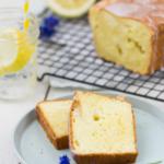 Zitronenkuchen mit Creme fraiche saftig