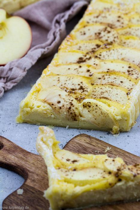 Apfeltarte. Blätterteig Tarte mit Äpfeln, Marzipan und Schmand #rezept #tarte #winter #schnell #einfach #blätterteig #süßes #kuchen