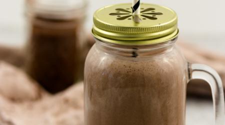 Smoothie-Joghurt-Drink-Schoko-Banane