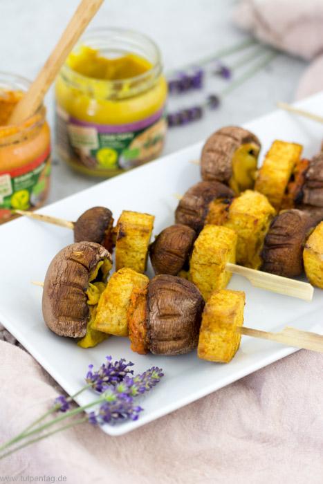 Vegan Grillen - 2 Ideen - Pilz-Tofu-Spieße und Grillgemüse-Happen #rezept #grillen #vegetarisch #vegan #grillspieße