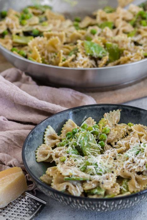 Pasta Nudeln mit Gemüse in Frischkäsesauce #pasta #nudeln #vegetarisch #Sauce #gemüse #schnell #einfach
